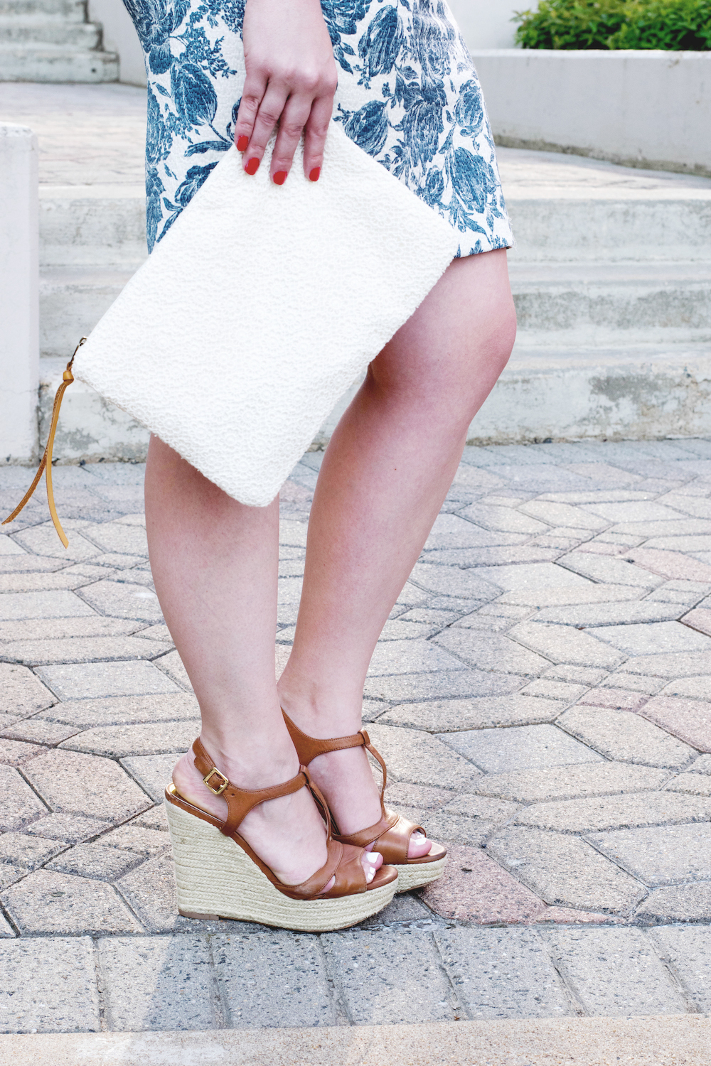 how-to-wear-a-pencil-skirt-in-the-newsummer-12