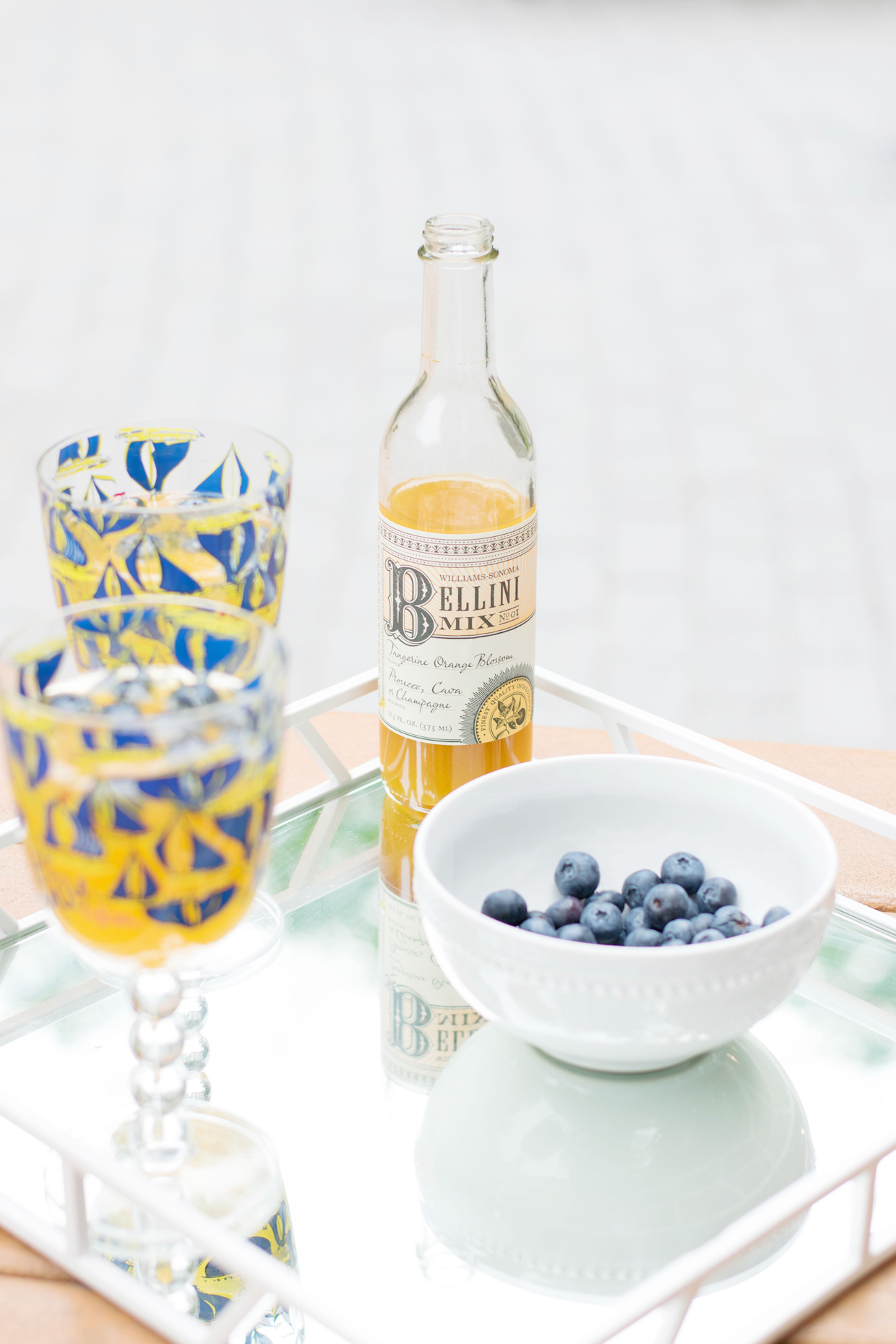 a touch of teal easy peach bellinis