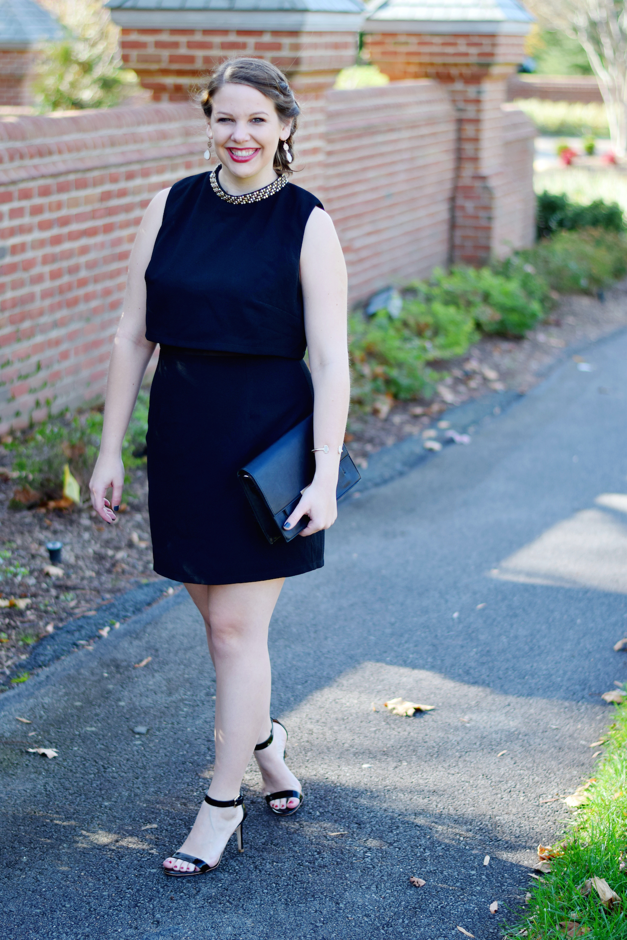 Holiday Party Attire | A Touch of Teal