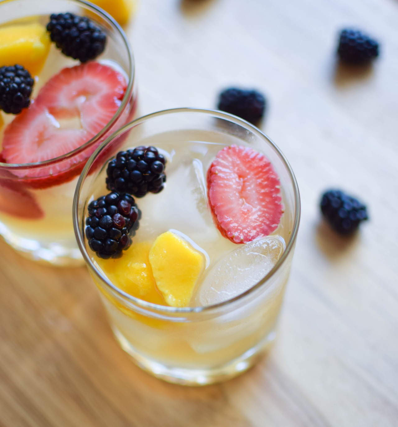 blackberry mango sangria