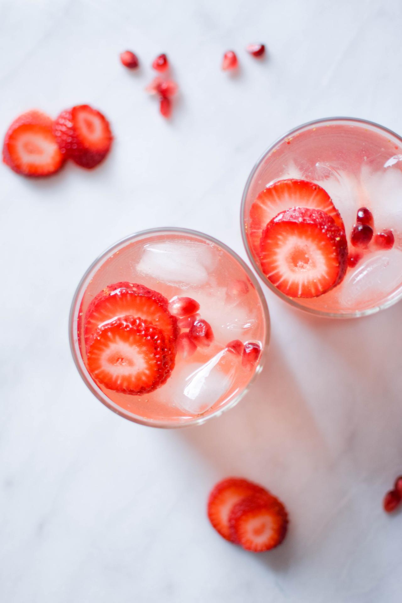 rose strawberry sangria