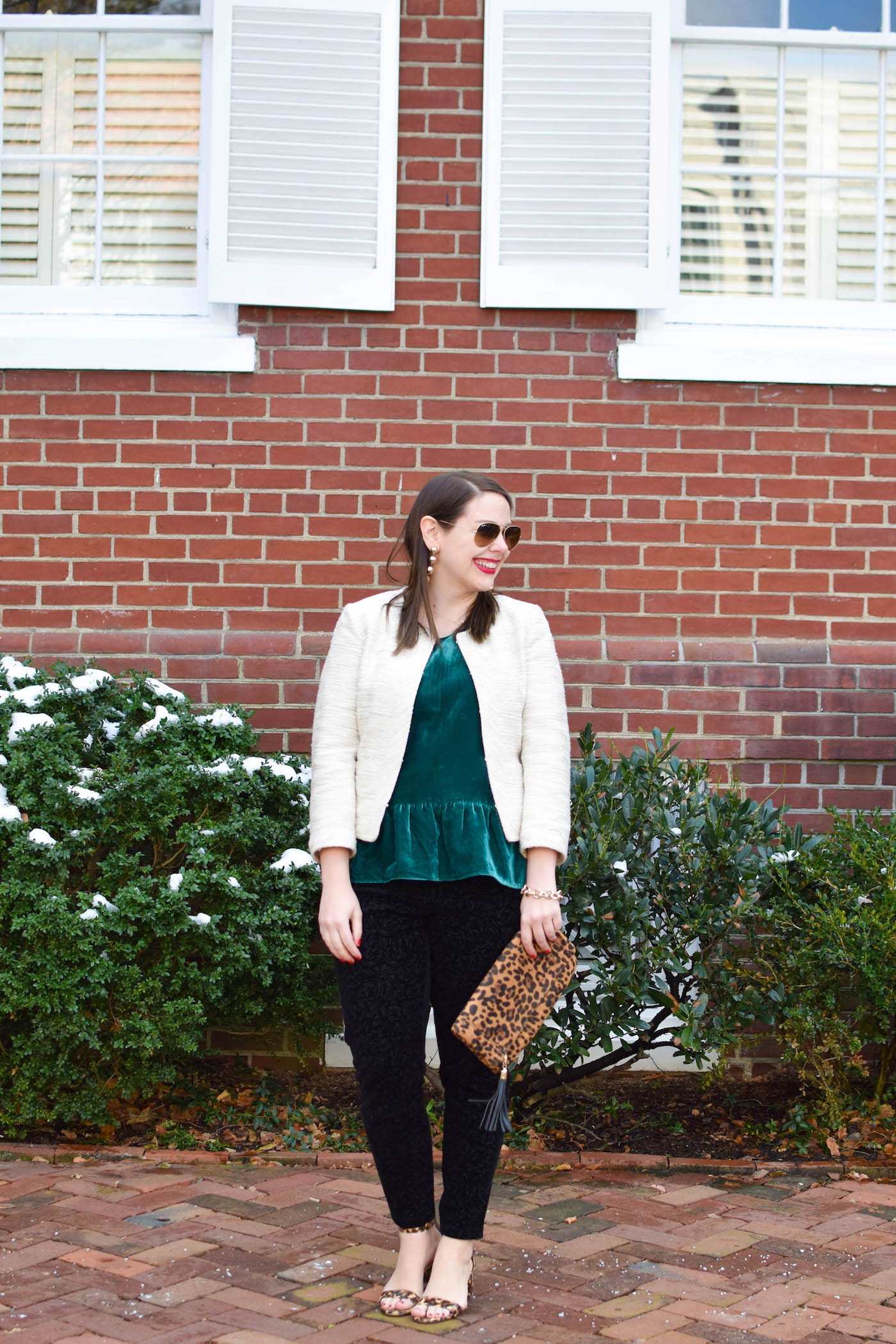 how to wear a velvet top