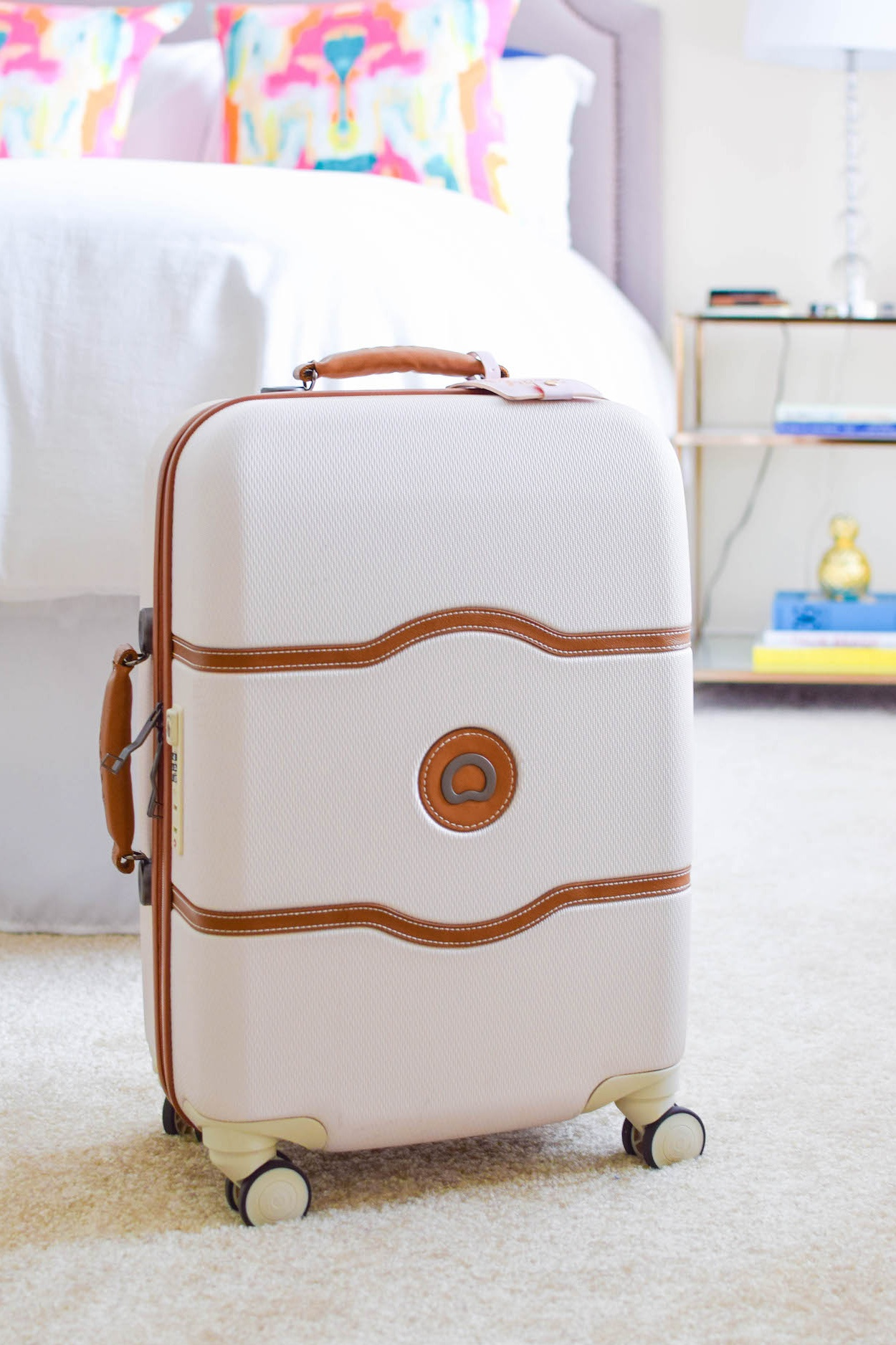 delsey chatelet 21 inch carry on