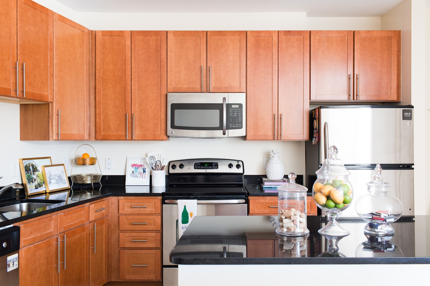 Apartment Kitchen Decor Ideas 8 A Touch Of Teal