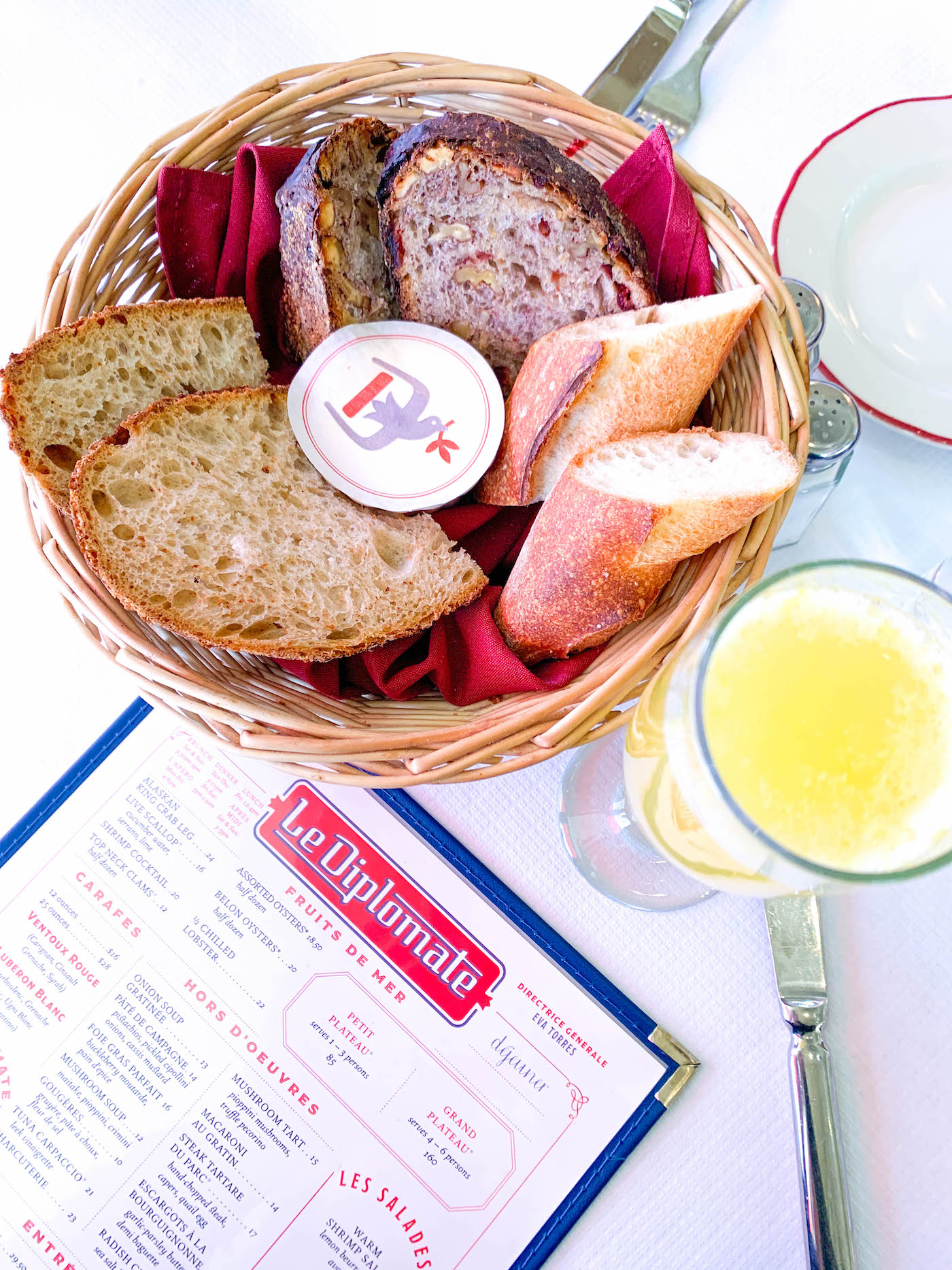 le diplomate dc review